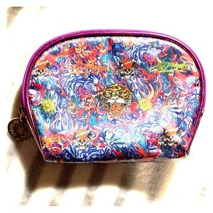 💥FINAL PRICE!💥Ed Hardy cosmetic case/bag
